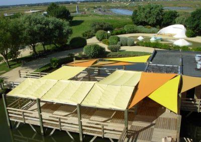 ensemble de protection solaire pour un parc d'attraction sur l'Ile de Noirmoutier