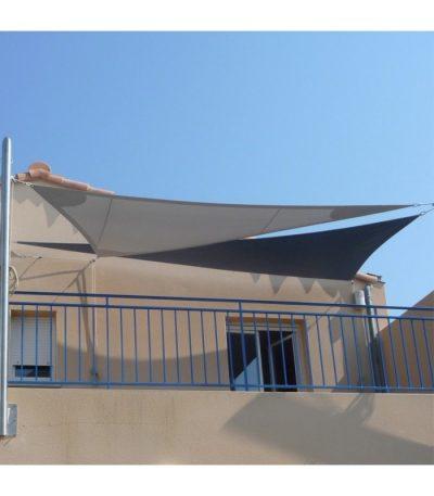 Deux voiles triangulaires et deux mâts 5120 x 4000 x 4000mm