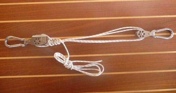 Quels accessoires choisir pour la fixation des voiles d'ombrage ?