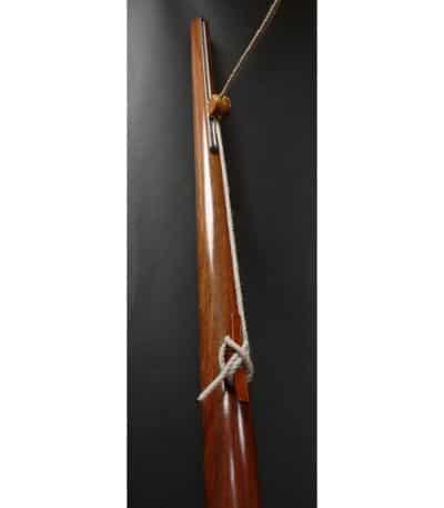 Détail du système de réglage sur mât en bois