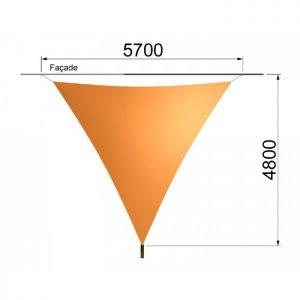 Une voile triangulaire et un mât 5700 x 4800 mm